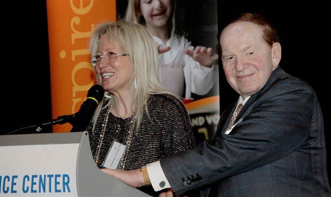Dr. Miriam and Sheldon Adelson at a Birthright Israel Foundation event