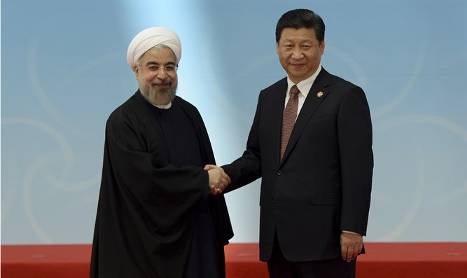 Iranian President Hassan Rouhani and Chinese President Xi Jinping